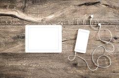 Abbildung für Auslegung auf weißem Hintergrund Intelligenter Telefontabletten-PC-Schreibtisch Lizenzfreies Stockfoto