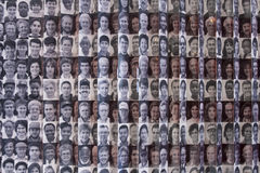 Abbildungen der Immigranten in die US in Ellis Island Stockfotografie