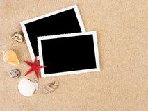 Abbildungen in einem Strandkonzept Lizenzfreie Stockbilder