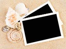 Abbildungen in einem Strandkonzept Stockbild