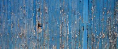 Abblätternde Türen Lizenzfreie Stockfotos