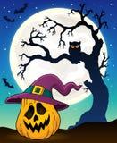 Abóbora na imagem 3 do tema do chapéu da bruxa Fotografia de Stock Royalty Free