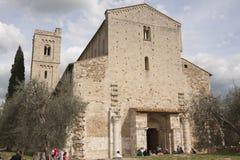 Abbotskloster av den Sant `-Antimo Castelnuovo Abate Montalcino Siena Tuscany Italien abbotskloster av Sant ` Antimo Castelnuovo  Fotografering för Bildbyråer
