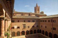 Abbotskloster av Monte Oliveto Maggiore Arkivfoton