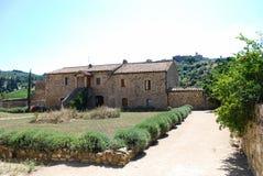 Abbotskloster av Sant ` Antimo Arkivbild