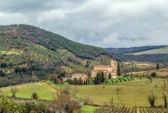 Abbotskloster av Sant Antimo, Italien Royaltyfri Fotografi