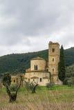 Abbotskloster av Sant Antimo, Italien Arkivbilder