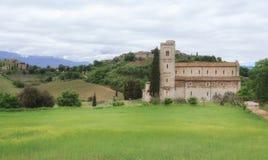 Abbotskloster av Sant'Antimo, Tuscany, Italien Royaltyfria Bilder