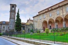 Abbotskloster av St. Colombano. Bobbio. Emilia-Romagna. Italien. Arkivbild
