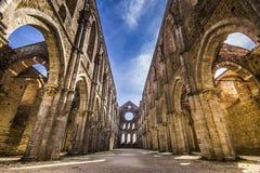 Abbotskloster av St. Galgano, Tuscany Arkivfoton