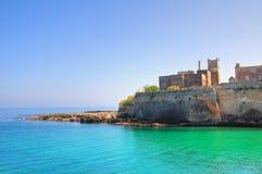 Abbotskloster av St. Stefano. Monopoli. Puglia. Italien. Royaltyfri Fotografi