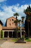 Abbotskloster för tre springbrunnar i Rome royaltyfri foto