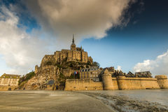 Abbotskloster i Mont Saint Michel i Frankrike royaltyfria foton