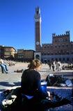 Abbozzo della ragazza in Piazza del Campo Immagini Stock Libere da Diritti
