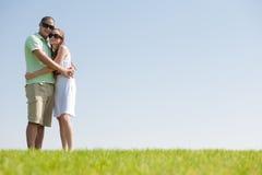 Abbraccio delle coppie di amore Fotografia Stock