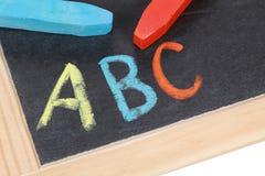 ABC auf einer Tafel an einer Volksschule Stockfotografie