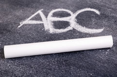 ABC auf Tafel Lizenzfreie Stockbilder