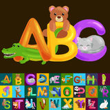 Abc dierlijke brieven voor school of van kleuterschoolkinderen geïsoleerd alfabetonderwijs Stock Afbeeldingen