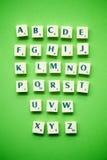 ABC en fondo verde fotos de archivo
