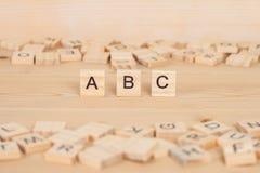 ABC redacta escrito en la madera Fotografía de archivo