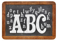 ABC y alfabeto en la pizarra Foto de archivo