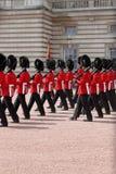 Abdeckungänderung im Buckingham Palace Lizenzfreie Stockfotos