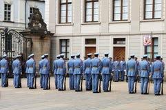Abdeckungänderung innen im Prag-Schloss Stockbilder