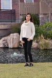 Abdeckung-Mädchen lizenzfreie stockfotos