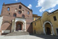 Abdij van Morimondo (Milaan) stock afbeeldingen