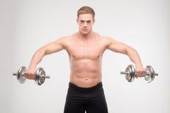 Abdominals con pesas de gimnasia Imagen de archivo