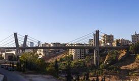 Abdoun-Brücke zur Tageszeit Stockfoto