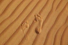 Abdruck auf Sand der Wüste Stockbild