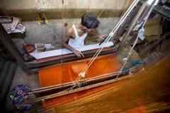Abdul Kuddus Sawon 38 år en Benarashi Palli arbetare Arkivbilder