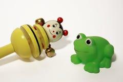 Abeille et grenouille Image stock