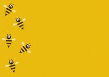 Abeilles sur le nid d'abeilles Photographie stock libre de droits