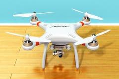 Abejón de Quadcopter con la cámara del vídeo 4K y de la foto Imagen de archivo
