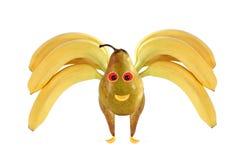 Abeja divertida hecha de plátanos y de peras Imágenes de archivo libres de regalías