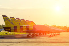 Abejas acrobáticas de Báltico del jet de combatientes Rusia Moscú agosto de 2015 Fotografía de archivo libre de regalías