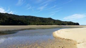 Abel Tasman Park på lågvatten Arkivbilder