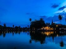 Abend bei Sukhothai, Thailand stockfotos