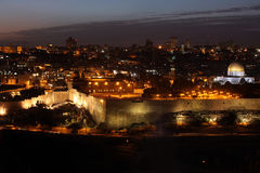 Abend in der alten Stadt, Tempel-Hügel Lizenzfreies Stockfoto