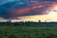 Abend in der Landschaft Lizenzfreies Stockbild