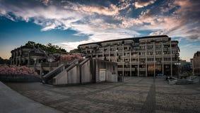 Abend för Das Neue Linzer Rathaus f.m. Arkivbilder