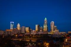 Abend-Hauptverkehrszeit tauschen in Charlotte, North Carolina 5 aus Lizenzfreie Stockfotografie