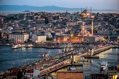 Abend-Istanbul-Ansicht Lizenzfreie Stockfotos