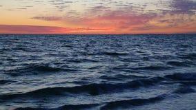 Abend-Seeschleife stock footage