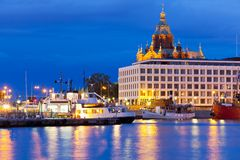 Abendansicht der alten Stadt in Helsinki, Finnland Lizenzfreie Stockfotografie