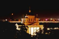 Abendansicht von Alekseevskaya-Kirche in Nischni Nowgorod, Russland lizenzfreie stockfotos