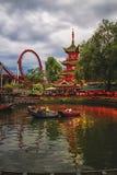 Abendansicht von Tivoli-Gärten mit chinesischer Pagode Lizenzfreie Stockfotografie