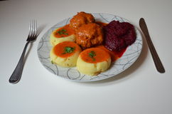 Abendessen, Fleischklöschen in der Tomatensauce Stockfotos